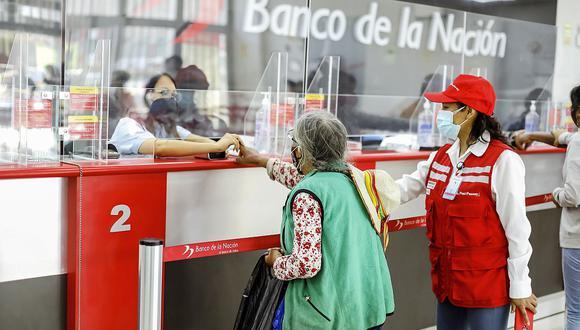 Actualmente el bono se reparte en las ventanillas del Banco de la Nación. (Foto: GEC)