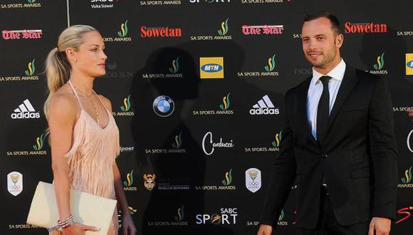 TRIÁNGULO MORTAL. Pistorius habría enloquecido de celos. (Reuters)