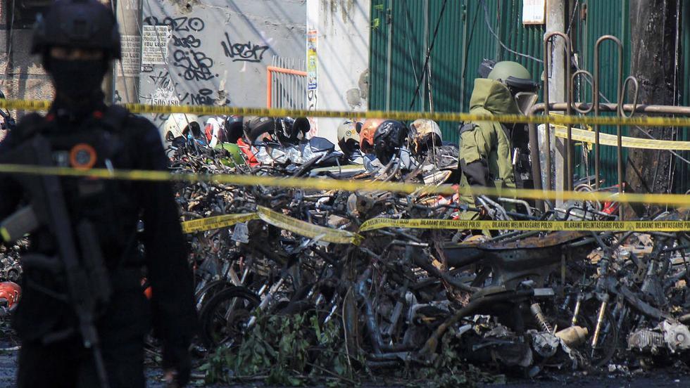 Al menos 13 personas murieron y 40 resultaron heridas en ataques con bomba reivindicados por la milicia terrorista Estado Islámico (ISIS) contra tres iglesias en Surabaya (Indonesia). (EFE)