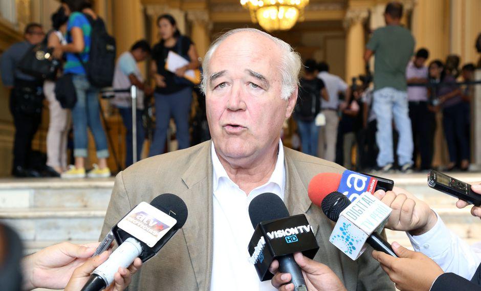 """El congresista Víctor Andrés García Belaunde indicó que """"no amerita"""" hacer cuestión de confianza de parte del Ejecutivo. (Foto: Congreso)"""