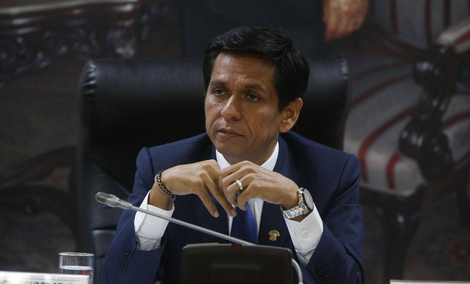 Jorge Meléndez dijo que otras bancadas también evalúar renunciar a Ética. (Foto: GEC)