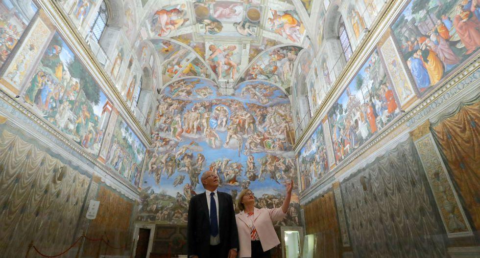 PPK y Nancy Lange visitaron la Capilla Sixtina y no pudieron ocultar su asombro. (Presidencia Perú/Flickr)