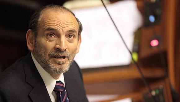 Su fidelidad a Gana Perú ha puesto a Simon en una posición incómoda dentro de APGC. (Alberto Orbegoso)