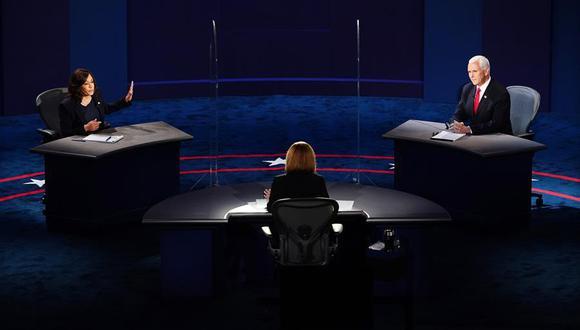 Los candidato Kamala Harris y Mike Pence debaten en Salt Lake City (Utah). (Foto: EFE/EPA/JIM LO SCALZO)