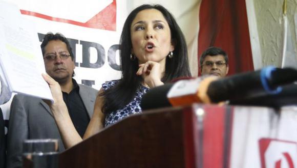 Contraataca. Nadine Heredia salió a respondes a Aurelio Pastor. (Perú21)