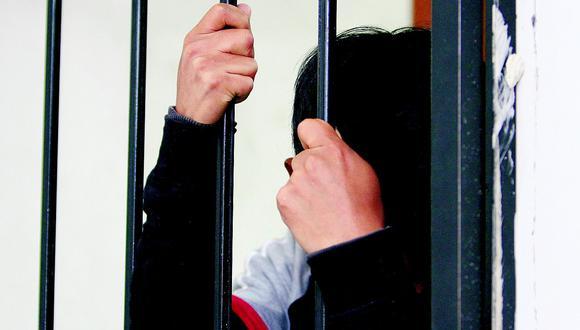 Huánuco: sentencian a cadena perpetua a sujeto que abusó de su hija, la embrazó y la obligó a abortar (Foto referencial).
