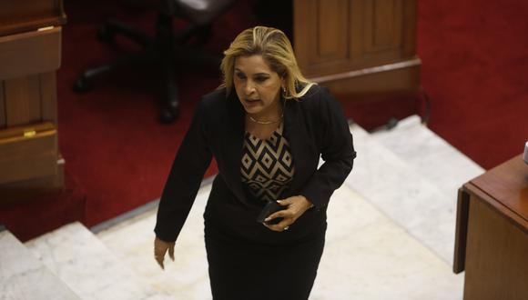 Mauricio Mulder y Maritza García protagonizaron un altercado en debate. (Perú21)