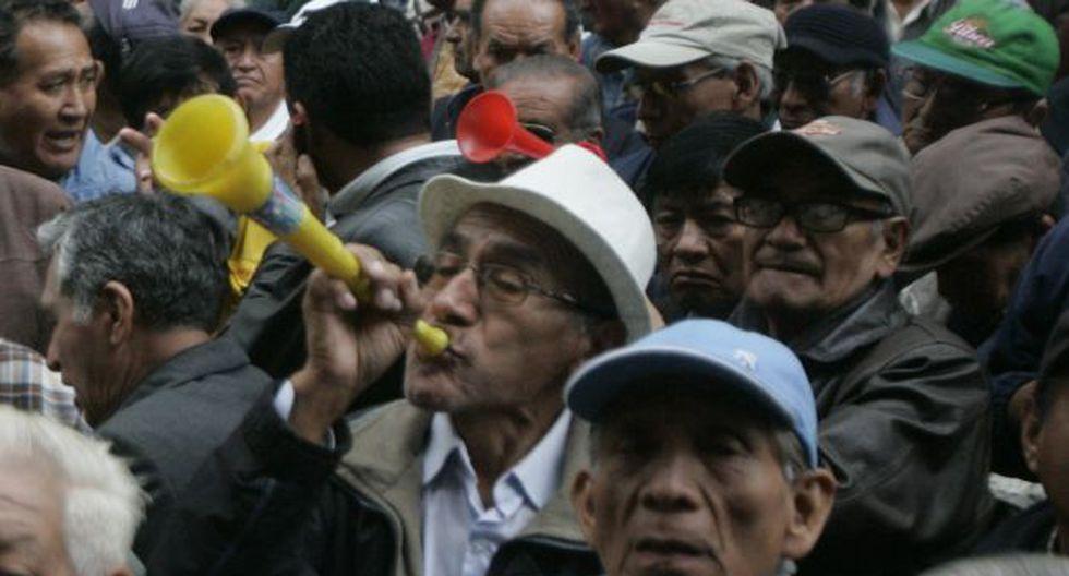 IMPACTO. Mayor número de jubilados será una carga alta. (Rodrigo Málaga)