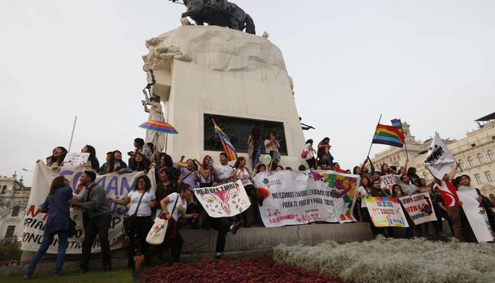 Así se desarrolló la Marcha del Orgullo LGBT en Lima. (Anthony Niño de Guzmán/Perú21)