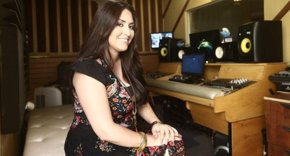Nicole Pillman le da un giro a música con nuevo disco.