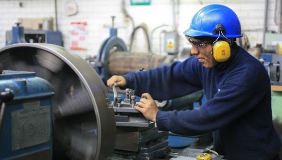 SIN BENEFICIOS. El 60% de trabajadores en el país sería informal. (Manuel Melgar)