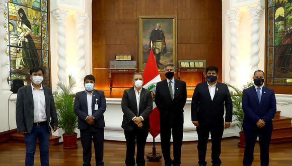 Representantes del Frente Amplio se reunieron este jueves con el presidente Francisco Sagasti. (Foto: Presidencia)