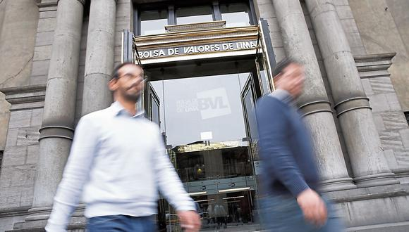 La renuncia de PPK aparentemente fue positiva pues la BVL continuó con su recuperación. (USI)