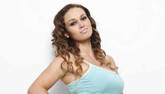 Angie Arizaga demandaría a su amigo y a Magaly Medina. (Trome)