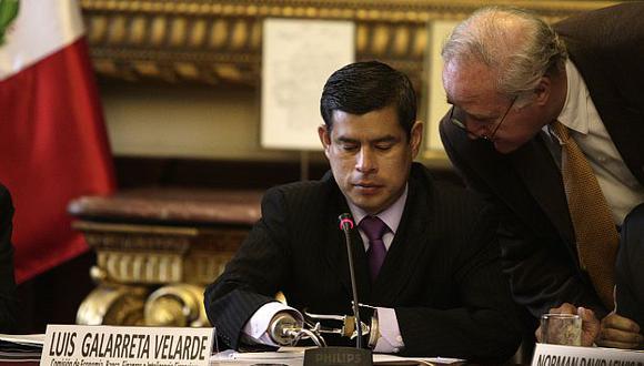 Legisladores no descartaron citar al titular de Economía. (USI)
