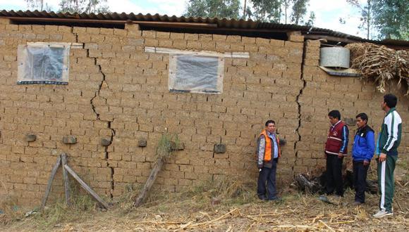 Indeci recomendó la evacuación de las familias y que las tierras no vuelvan a ser habitadas debido a que la falla geológica se activará continuamente.&nbsp;(Foto: GEC)<br>