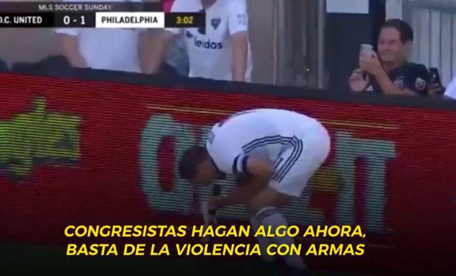 Alejandro Bedoya, jugador del Philapdelhia Union, aprovechó la celebración de un gol para elevar su voz de protesta por los tiroteos en Texas y Ohio. (Foto: Captura)