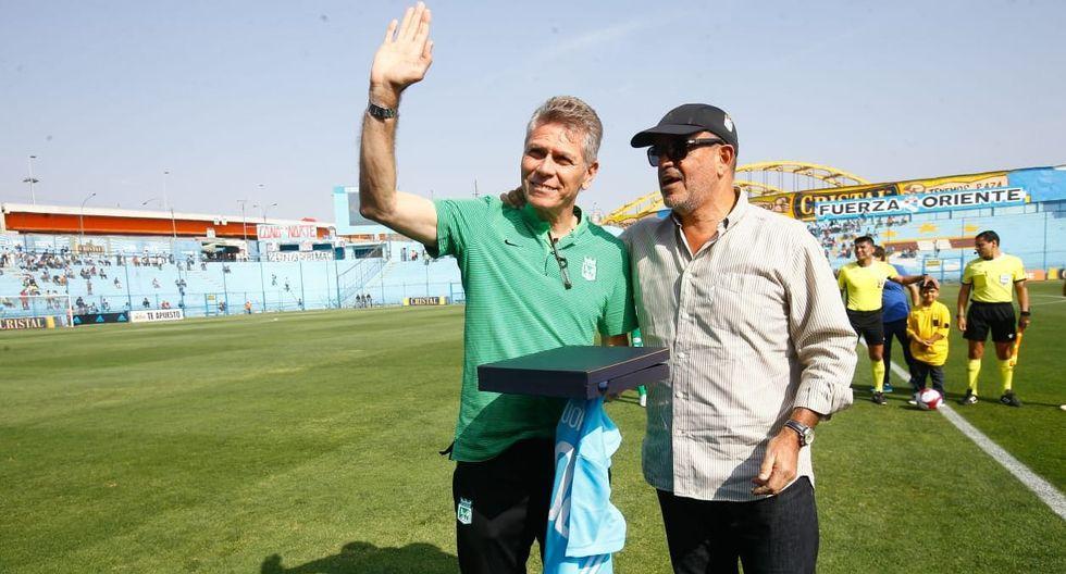 Sporting Cristal rindió homenaje a Paulo Autuori en el Alberto Gallardo. (Foto: Francisco Neyra)
