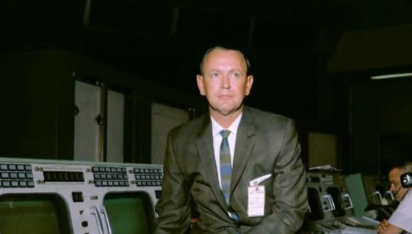 Chris Kraft se unió a la NASA en 1958 y desarrolló el plan y los procesos de control necesarios para las misiones tripuladas al espacio. (Captura de pantalla)
