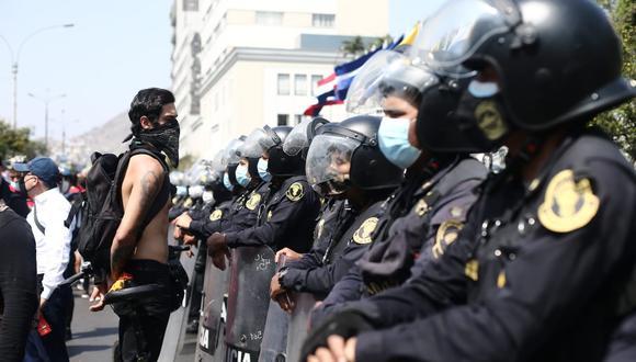 La Policía Nacional siempre ha resistido los embates de orden político y social, señala el columnista. Foto: Jesús Saucedo / @photo.gec