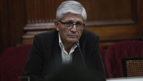 """Jorge Castro dice que está """"virtualmente"""" fuera de la bancada del Frente Amplio. (Perú21)"""