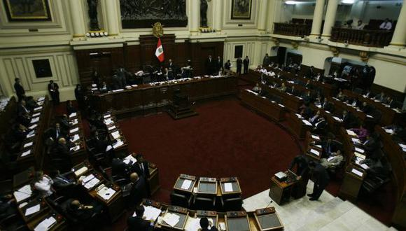 Resolución fue presentada y aprobada por el Pleno en menos de ocho horas. (Rochi León)