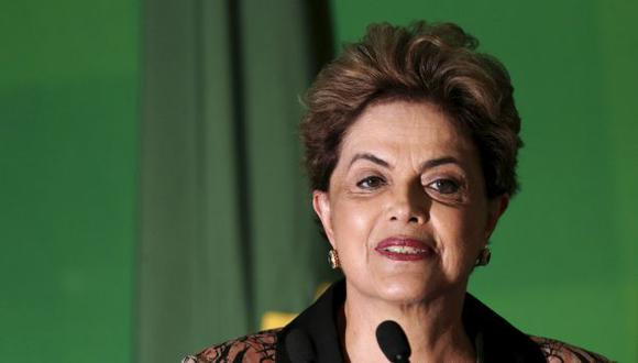 Dilma Rousseff atraviesa su peor momento en el gobierno de Brasil. (Reuters)