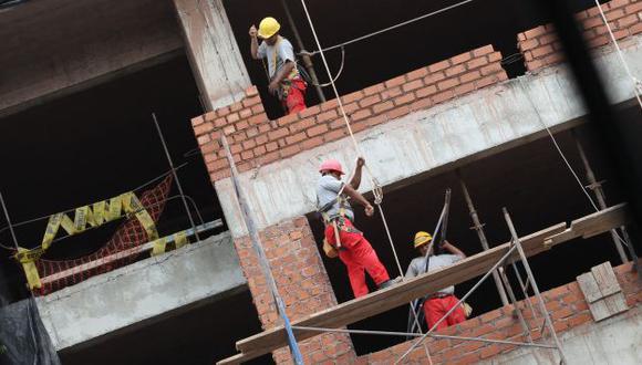 EN ESPERA. La construcción de un edificio inmobiliario toma entre 12 y 18 meses. (USI)