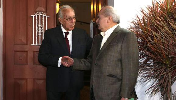 Pedro Cateriano se reunió con el líder histórico del PPC Luis Bedoya Reyes. (Andina)