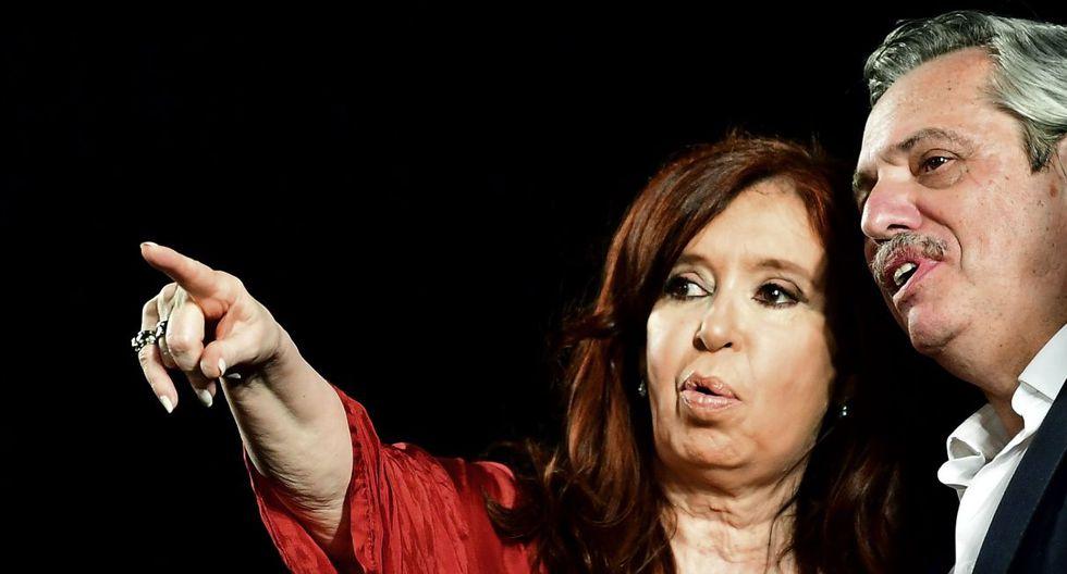 """Para Cristina Kirchner """"hoy Alberto es presidente y va a tener y tiene frente a sí una inmensa tarea y responsabilidad"""" ante un país """"arrasado"""". (Foto: AFP)"""