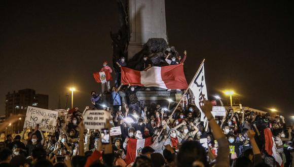Las marchas nacionales empezaron el lunes 9 y se prolongaron hasta el domingo, con la salida de Merino del poder. (Foto: EE/ Aldair Mejía)