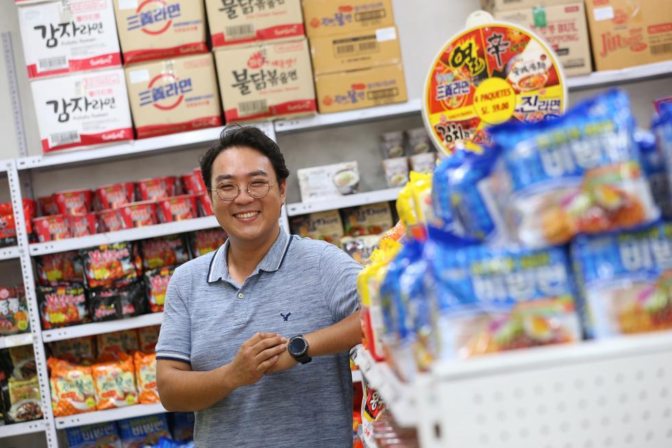 """Si ante todo eres humilde, no vas a fallar en nada"", comenta José Shin Kim vocero de Assi Market. (Manuel Melgar/GEC)"