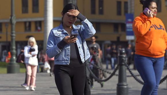 El Senamhi advirtió que el índice máximo UV en Lima alcanzará el nivel 14 este domingo, especialmente cerca del mediodía. (Foto: GEC)
