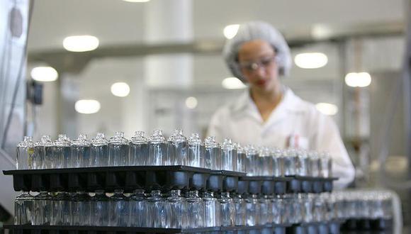 La compañía dejará de producir por el momento otras líneas como maquillaje y perfumería.