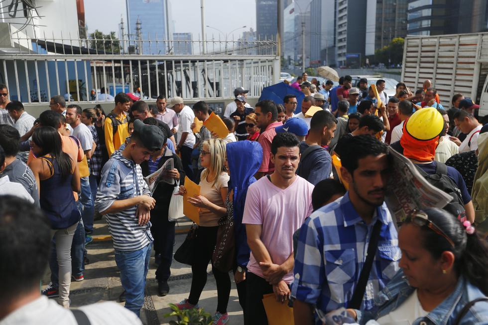 Venezolanos en Migraciones (Luis Centurión/Perú21)