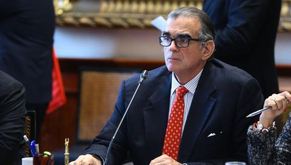 """Pedro Olaechea aseguró que con esta decisión se podrá asegurar el correcto """"ejercicio democrático"""" en la Comisión de Ética Parlamentaria. (Foto: Congreso)"""