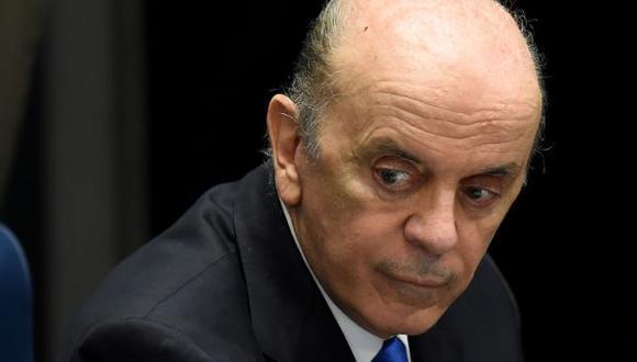 Brasil: Canciller afirma que 'combatirá falsedades' dirigidas contra suspensión de Dilma Russeff. (EFE)
