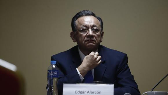 Alarcón aprovecha la coyuntura y ya solicitó al Minsa un informe sobre pruebas rápidas (GEC).