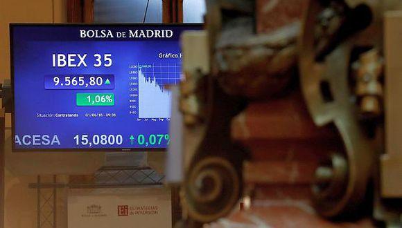 Bolsa de Madrid superó el nivel de los 9.900 puntos al subir un 0,39% este viernes. (Foto: EFE)