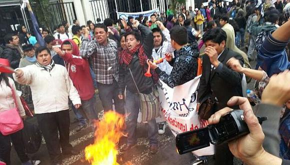 El 4 de julio pasado los estudiantes causaron caos y violencia en el Centro de Lima. (USI)