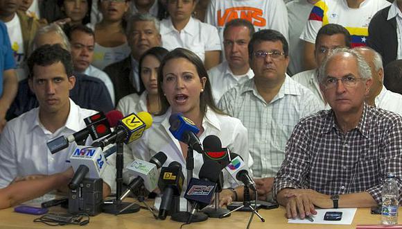 Venezuela: Opositores y estudiantes se movilizan por Leopoldo López. (EFE)