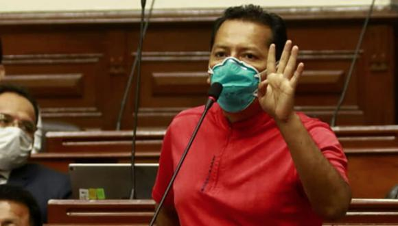 Chagua advirtió que si no se retira voluntariamente, la bancada pedirá su cambio. (Foto: GEC)