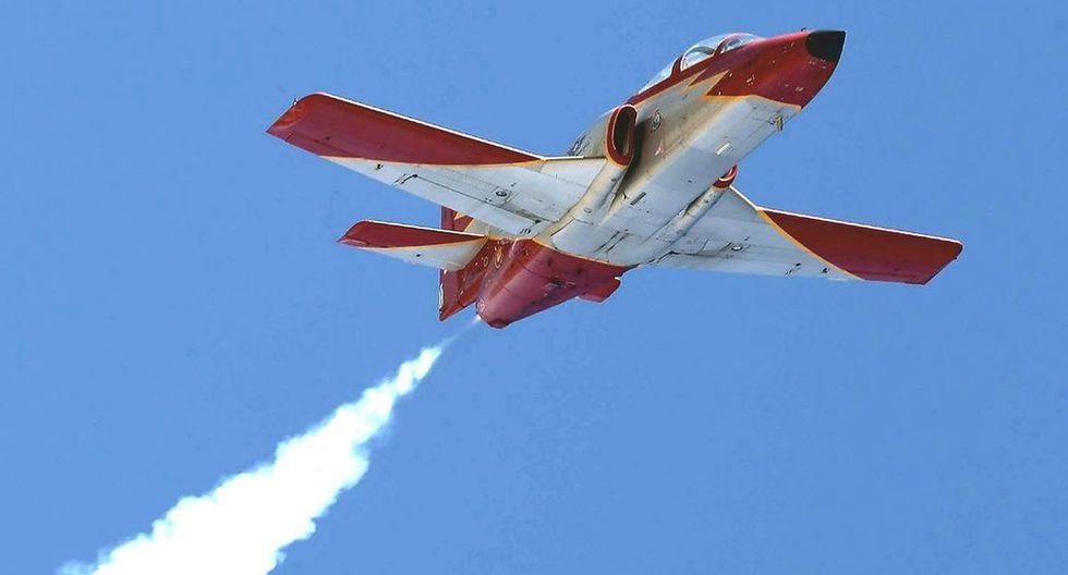 Se trataba de un vuelo de ensayo de un avión de la Patrulla acrobática Águila, que cuenta con esas aeronaves de fabricación española. (Twitter).