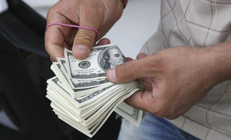 Washington prohibió al gobierno iraní en agosto de 2018 la compra de dólares. (Foto: AP)