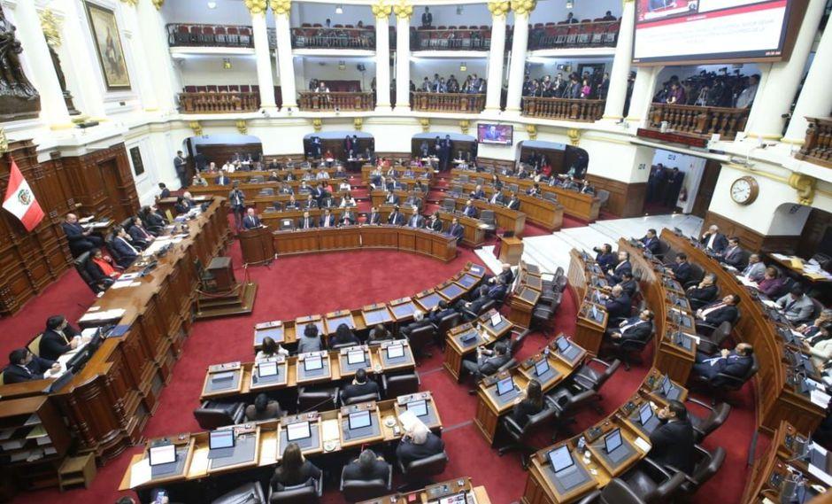 El domingo por la noche el presidente Vizcarra anunció que exigiría la cuestión de confianza al Parlamento sobre los 4 proyectos de reforma política y judicial. (Foto: Congreso de la República)