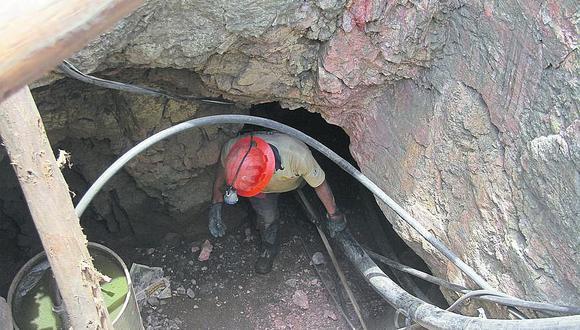 En el Perú hay entre 400 mil a 500 mil mineros informales, según la Sociedad Nacional de Minería. (FOTO: GEC)