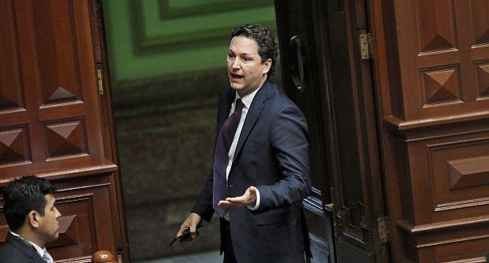 Salaverry aseguró que el fujimorismo quiere acelerar el debate y votación en el Pleno, de manera que en la próxima sesión se decida su suerte. (Foto: GEC)