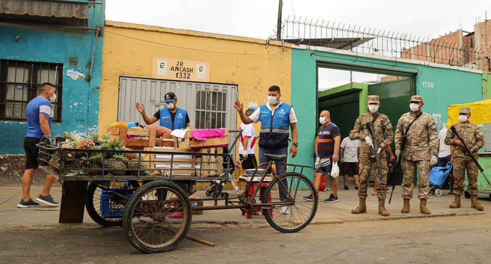 En total, más de 30 vendedores informales fueron retirados del jirón Ancash. (Foto: MML)