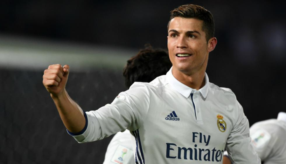 Cristiano Ronaldo (32) es de los jugadores más populares a nivel mundial, y es su físico lo que lo ha llevado a convertirse en la imagen oficial de varias marcas comerciales. La estrella de Portugal y del Real Madrid incluso tiene aseguradas sus piernas e