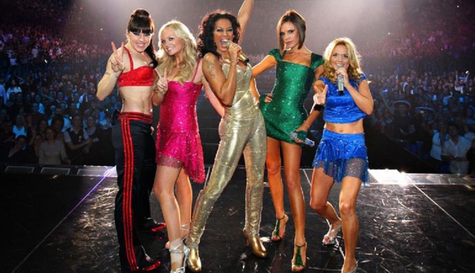 Victoria Beckham le desea suerte a las Spice Girls antes del inicio de su gira por Reino Unido. (Foto: EFE)